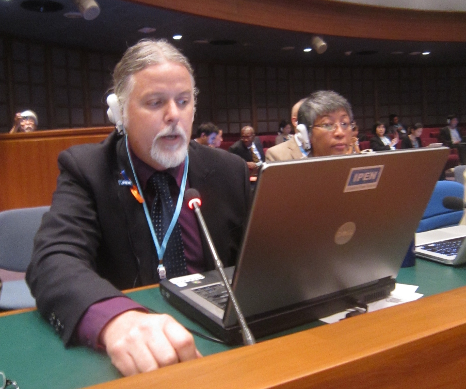 IPEN Mercury Policy Advisor Lee Bell giving an intervention on ASGM (Photo by Shahriar Hossain)
